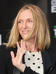 Toni Collette (6902409149) (cropped).jpg