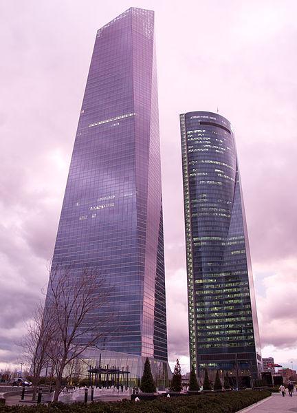 File:Torre de Cristal & Torre Espacio (Madrid) - 01.jpg