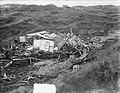 Totaal vernield strandpaviljoen in de duinen van Katwijk, Bestanddeelnr 905-5128.jpg