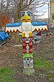 Totem Pole (25056070143).jpg