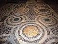 Trastevere - s Benedetto in Piscinula pavimento 1040040.JPG