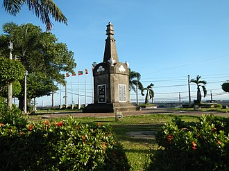 Thirteen Martyrs of Cavite - The Thirteen Martyrs Monument in San Roque