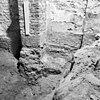 tufstenen fundering bij noordelijke triomboog - batenburg - 20028320 - rce