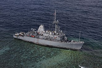 Tubbataha Reef - Image: USS Guardian aground in January 2013