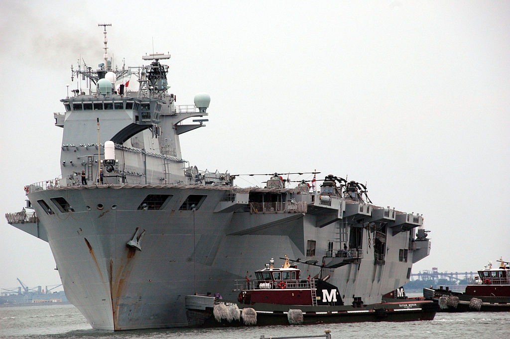1024px-US_Navy_100630-N-9806M-116_The_Royal_Navy_landing_platform_dock_ship_HMS_Ocean_%28L12%29_arrives_at_Naval_Station_Norfolk_during_Operation_AURIGA.jpg