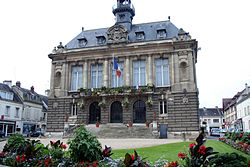 Vernon - Hôtel de ville02.jpg