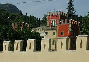 Garda, Veneto - Image: Villa degli Albertini