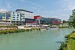 Villach Congress Center über Drauterrassen und Schiff Landskron 03072018 3829.jpg