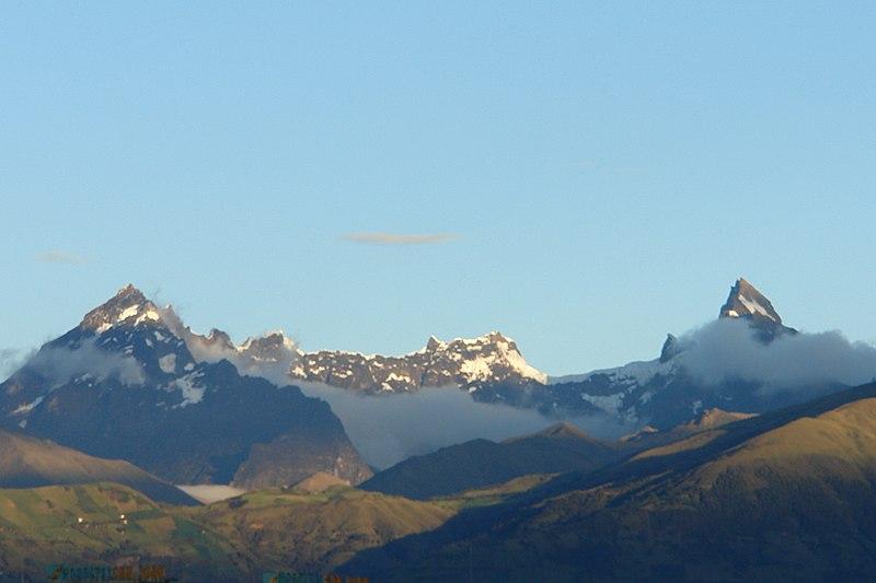 Ecuador y sus volcanes 800px-Volc%C3%A1n_el_Altar_02