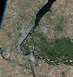 Volgograd, Russia, city and vicinities, near natural colors, LandSat-5, 2010-06-21.jpg