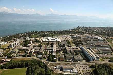 The campus of the Ecole polytechnique federale de Lausanne (EPFL) and the University of Lausanne, at the shores of Lake Geneva. Vue aerienne EPFL 07-2009.jpg