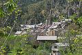 Vue sur le village de Péone en descendant de Valberg (2).JPG