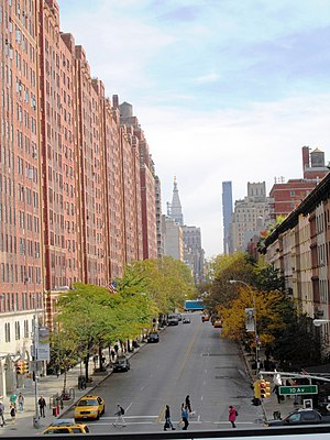 23rd Street (Manhattan) - West 23rd Street from the High Line (2014)