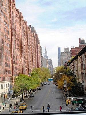 23rd Street (Manhattan) - West 23rd Street from the High Line (2014)