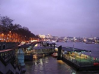 Westminster Millennium Pier - Image: Westminster pier 1