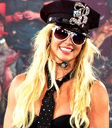 Interprétation de womanizer lors du the circus starring britney