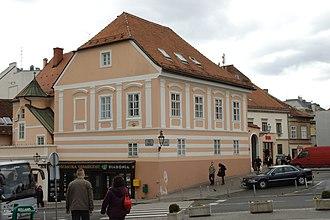 Kaptol manors in Zagreb - Image: Záhřeb, Gornji Grad, budova