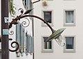 Zürich Switzerland-Bogenlampe-in-der-Pfalzgasse-01.jpg