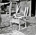 """""""Malən za ušen delat"""" (mlin), napravili so ga ruski vojni ujetniki 1915-16, Podboršt 1950 (2).jpg"""