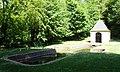 ÉLAN Ardennes -Chapelle et Fontaine Saint Roger- sur les terres de l'ancienne Abbaye d'Élan 02.jpg