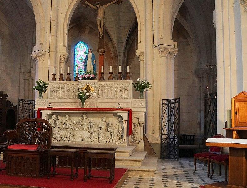 Église Saint-Éloi de  (maître-autel).-  Fresnoy-le-Grand.- Aisne.- France.-
