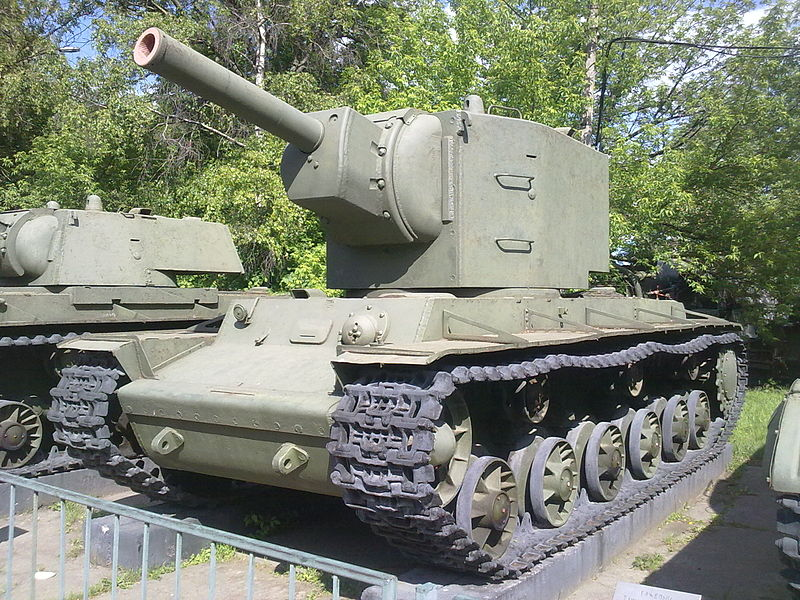Captured KV-2 displayed at the Central Museum of Russian Armed Forces, Moscow - Credits: Wikipedia.