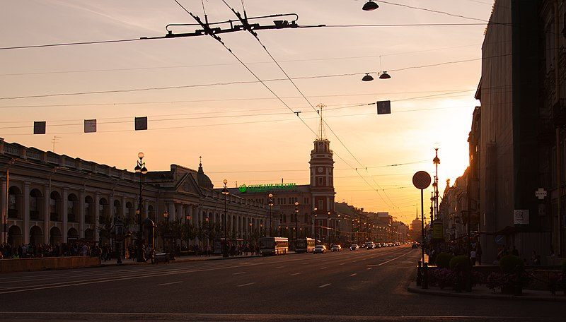File:Невский проспект на закате - Nevsky Avenue sunset - panoramio.jpg