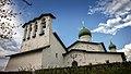 Церковь Богоявления с Запсковья. Четырехпролетная звонница. Псков.jpg
