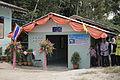 นายกรัฐมนตรี มอบบ้านตามโครงการแก้ไขปัญหาความเดือดร้อนท - Flickr - Abhisit Vejjajiva (15).jpg