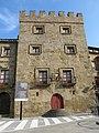 030 Palacio de Revillagigedo, pl. del Marqués 2 (Cimavilla, Gijón), torre medieval.jpg