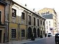 061 Oficina de Turisme, c. Ruiz Gómez 21 (Avilés), antiga presó.jpg