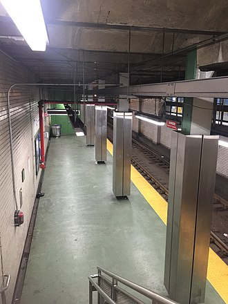 15th Street station (SEPTA) - Image: 15th Street SEPTA 2018 trolley