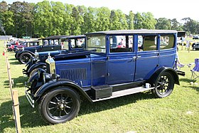 1927 Morris Oxford 1697cc Flat Nose.jpg