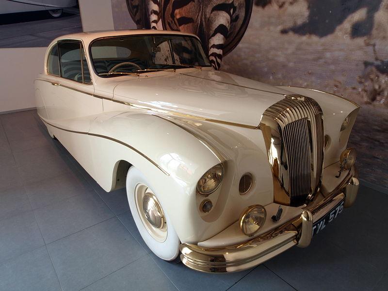 File:1955 Daimler DK 400 'Golden Zebra' Coupé p2.JPG