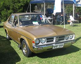 1976-1977 Chrysler Galant (GD) GL sedan (2011-02-27).jpg