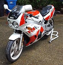 Yamaha fzr400 wikivividly 1988 yamaha fzr400 1wgg fandeluxe Image collections