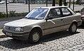 1992 Peugeot 309 Vital, front left.jpg