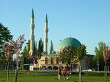2004 Mevlana Moschee Rotterdam.JPG