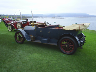 Pebble Beach Concours d'Elegance - On the 18th green with a part of the 2005 Pebble Beach Concours d'Elegance prewar field.