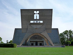 2009-0522-MN-SJU-abbeychurch.jpg