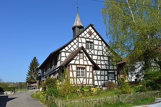 Neunforn - The old school house in Fahrhof