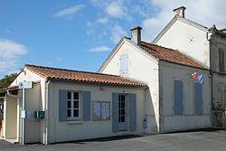 654 - Mairie - Blanzac lès Matha.jpg