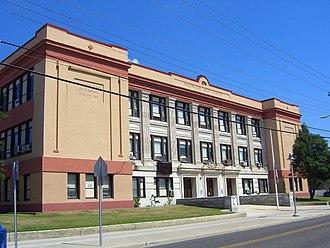 Wildwood High School - Image: 7.25.15Wildwood High School By Luigi Novi 2