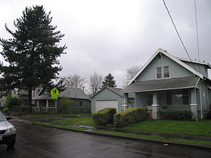 Foster-Powell, Portland, Oregon - Image: 78th Avenue, Foster Powell, Portland, Oregon (11 March 2010)