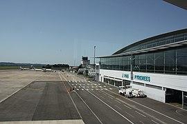 Aéroport Pau-Pyrénées IMG 8880.JPG