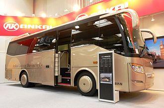 Ankai - Image: ANKAI BUS HFF 6904 KZ 8. right side door open