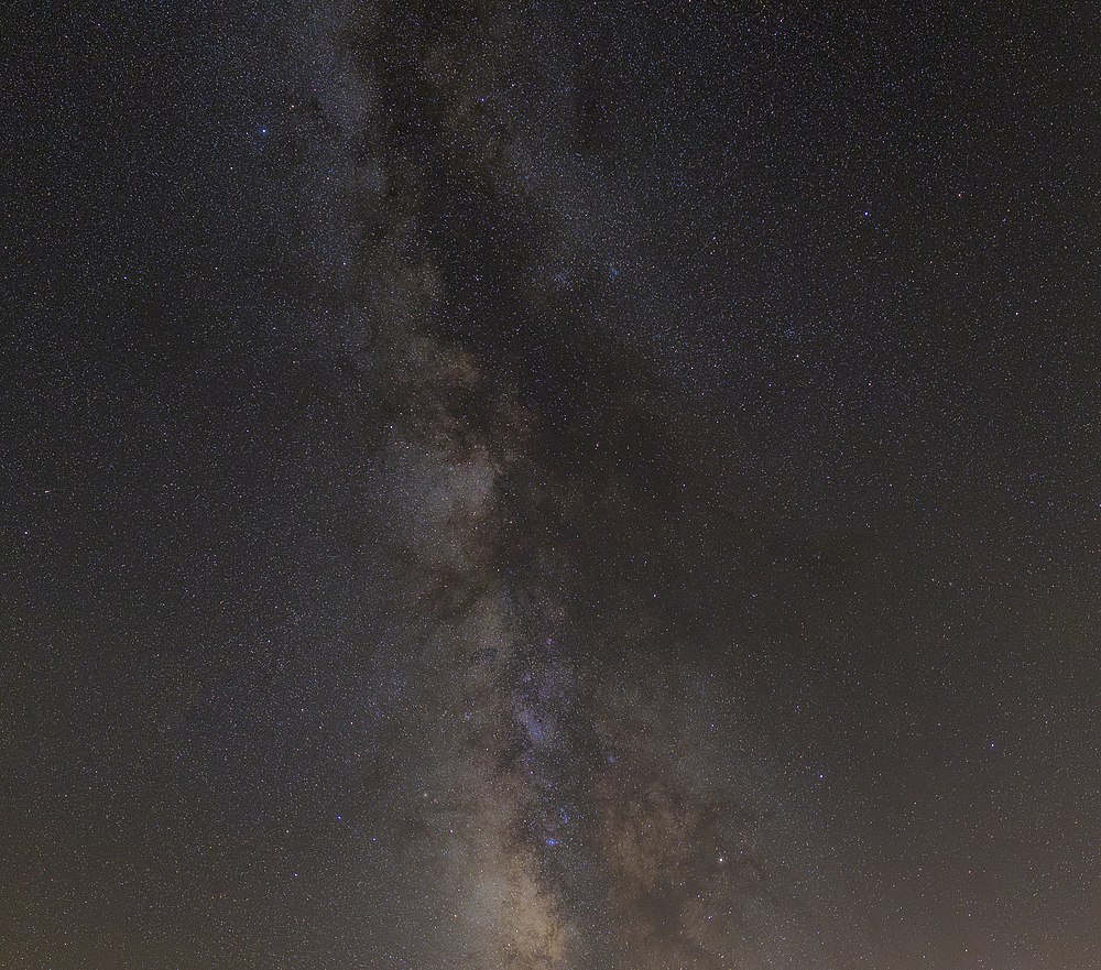 A 2 5 Minutes Long Exposure Of The Milky Way (225682689).jpeg