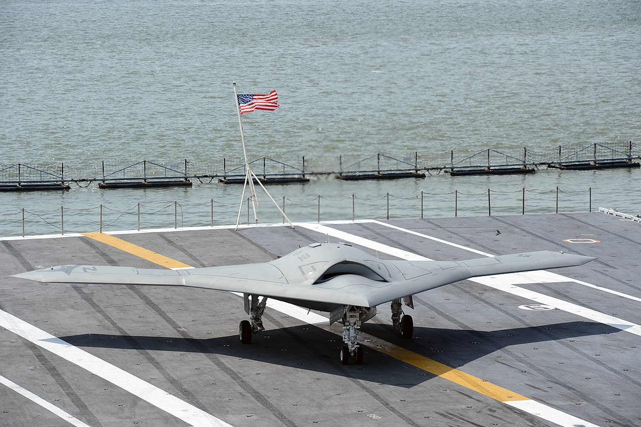 File:A U.S. Navy X-47B unmanned combat air system ...