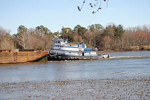 A tug boat pushing a barge in Delaware -a.jpg