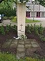 Aalden monument voor Albert Sanders.jpg
